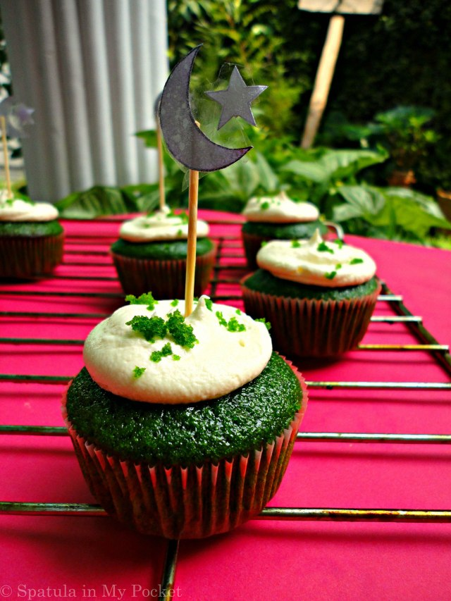 Green Velvet Cupcakes! Festive and patriotic.