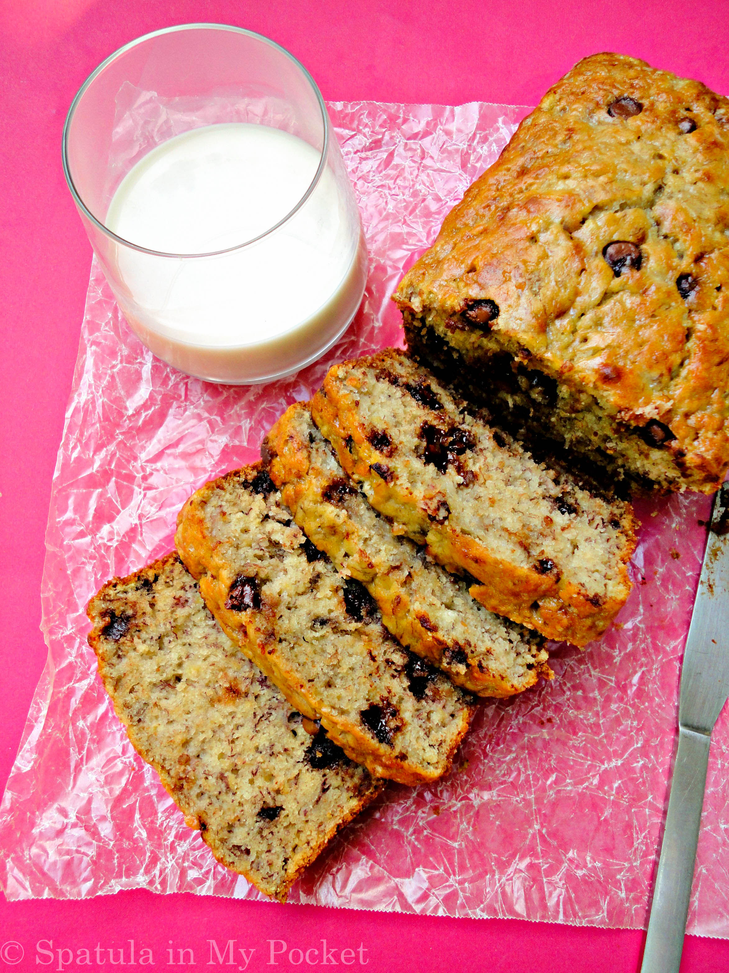 how to make moist banana bread with chocolate chips